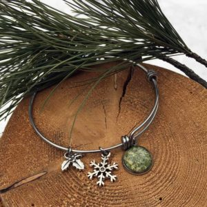 Light Green Holly & Peony Bangle Bracelet