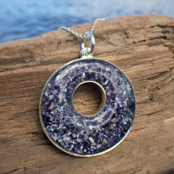 Crushed Mussel Shell Silver Holey Necklace