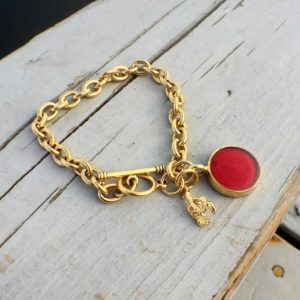 Lobster Shell Gold Charm Bracelet