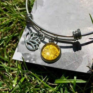 Daffodil Bangle Bracelet