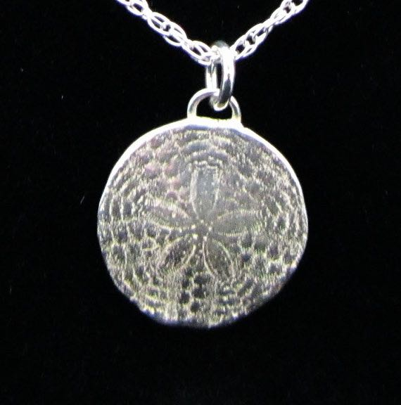 Sand Dollar Necklace - Bejewel ME