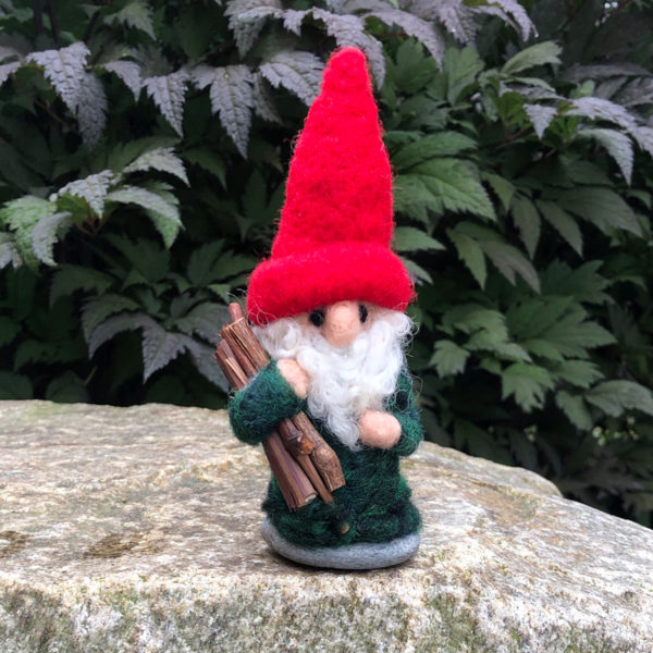 Red & Green Home Gnome