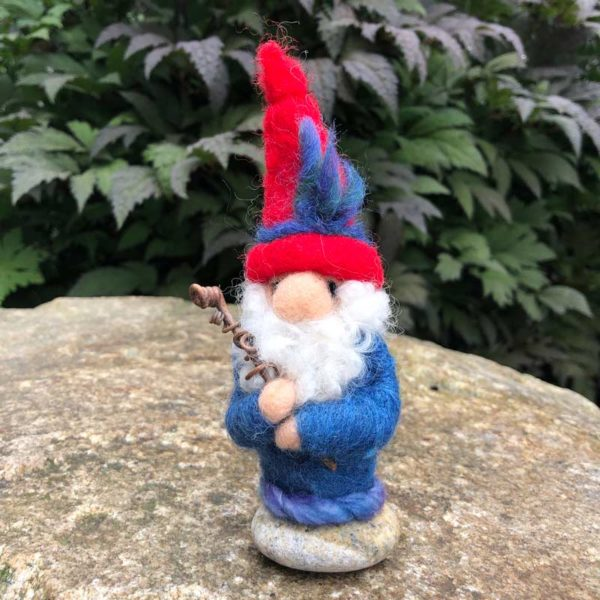 Red & Blue Home Gnome