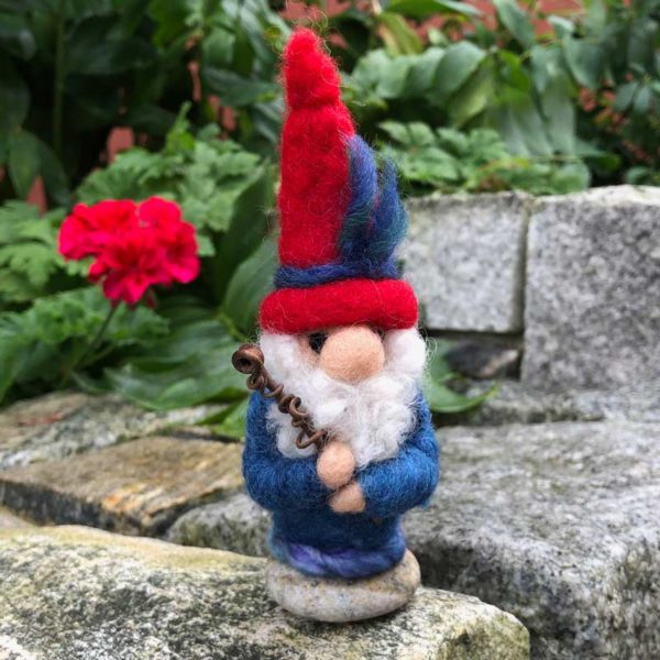 Red & Blue Home GnomeRed & Blue Home Gnome
